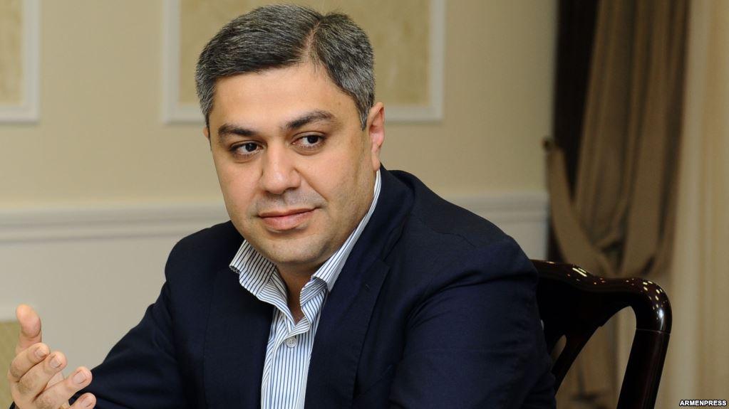 Արթուր Վանեցյանը և ԱԱԾ-ն «Հայաստան» համահայկական հիմնադրամին  գումար է նվիրաբերել