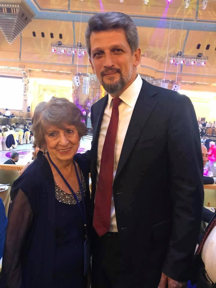 Հայի աչքեր , սիրու՛ն աչքեր նայեք այս մոր ու որդու լուսանկարին  ինչպիսի՞ն են աչքերը հայի․