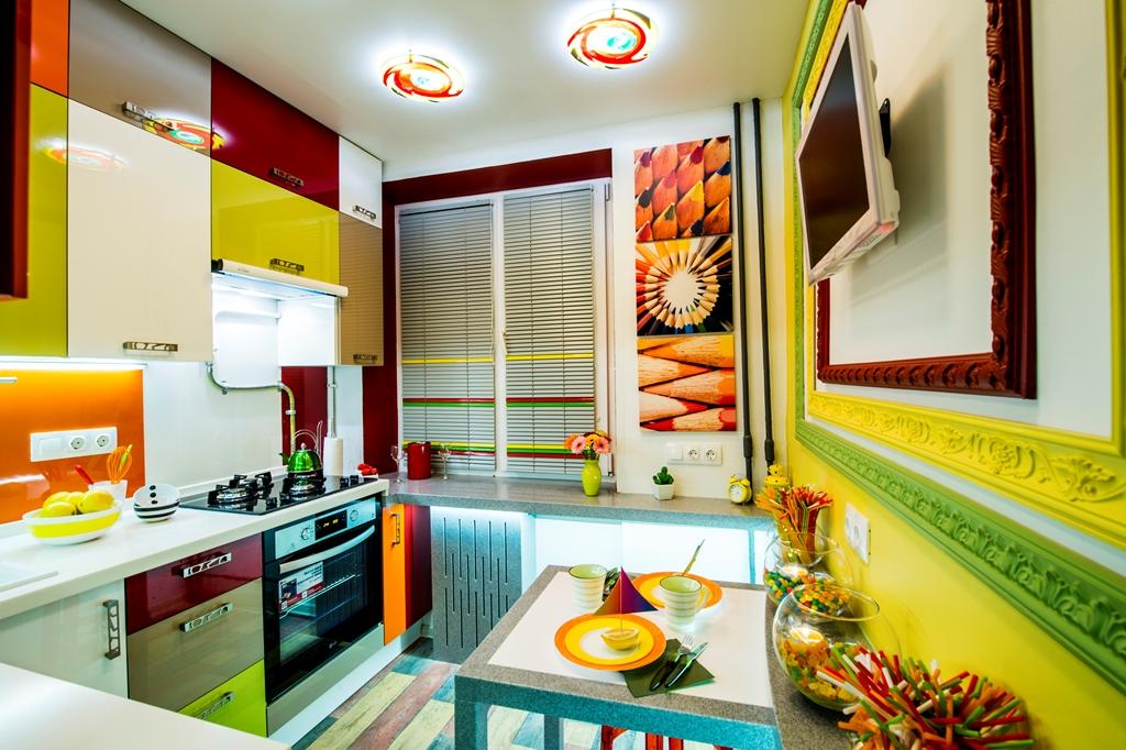 Ինչպես 6 քառակուսի մետր տարածք զբաղեցնող խոհանոցը վերածեցին իսկական հրաշքի։