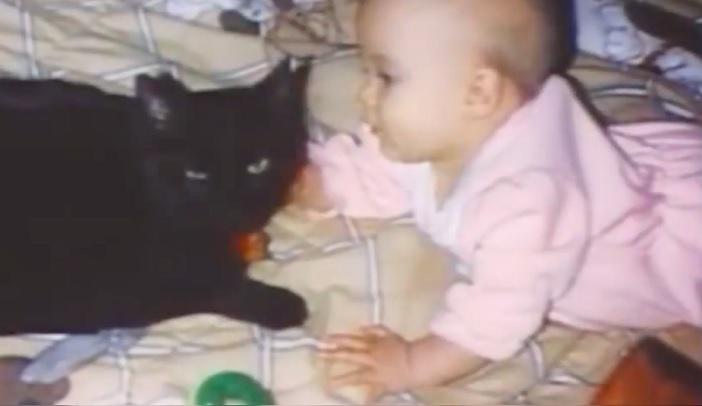 Երեխայի սենյակից կատվի ճիչ լսեց, մայրը ապշեց,երբ մտավ սենյակ․