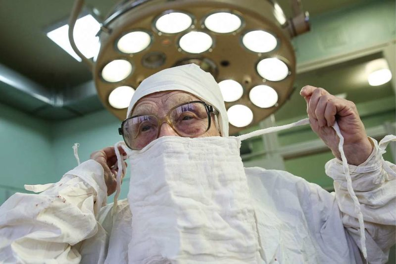 Ալլա Իլինիշնան 69 տարի իրեն նվիրել է վիրաբուժությանը.Լինել բժիշկ՝ դա ոչ թե մասնագիտություն է, այլ ապրելակերպ.