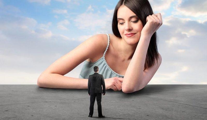Դժվար է ստել խելացի և նրբանկատ կնոջ մոտ.