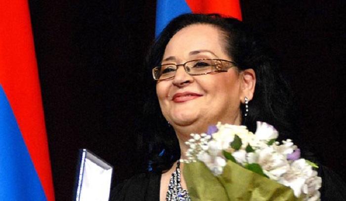 Արդեն 9-րդ տարին է մեզ հետ չէ սիրված երգչուհի Ֆլորա Մարտիրոսյանը․ Այսօր նրա ծննդյան օրն է.