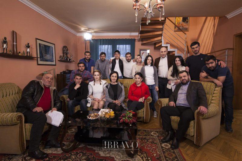 «Պատվից առավել»` այսպես է կոչվում Ելենա Արշակյանի նոր սերիալը, որը շուտով «Արմենիա Պրեմիում» հեռուստաընկերության եթերում կլինի