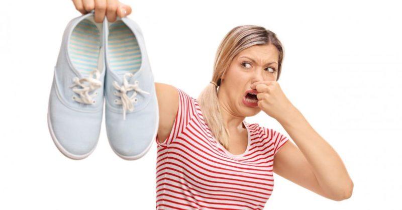 Արդյունավետ ու պարզ մեթոդներ կոշիկների տհաճ հոտից մեկընդմիշտ ազատվելու համար.