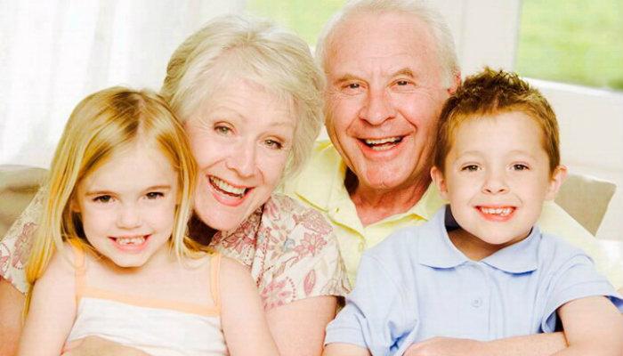 Պապիկների և տատիկների հետ ժամանակ անցնակցնելը օգտակար է երեխաներին, այն տալիս է մեծ էմոցիոնալ կայունություն