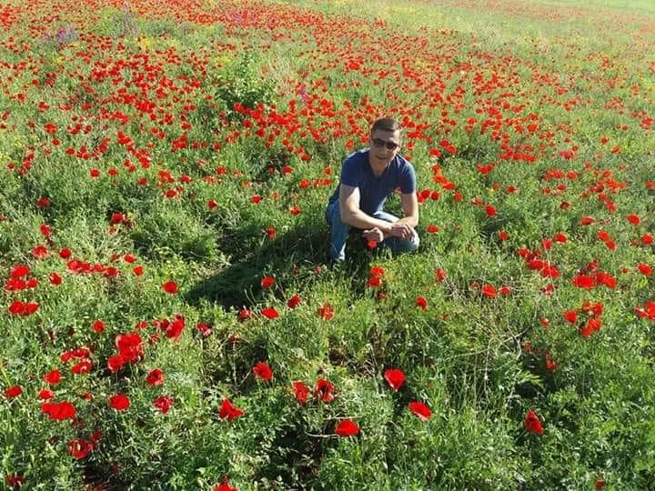 Գագիկ Սուրենյան. Սիրելի մայրեր ցանկանում եմ գարնան թարմություն, ծաղիկների գեղեցկություն, անսահման սեր և երջանկություն