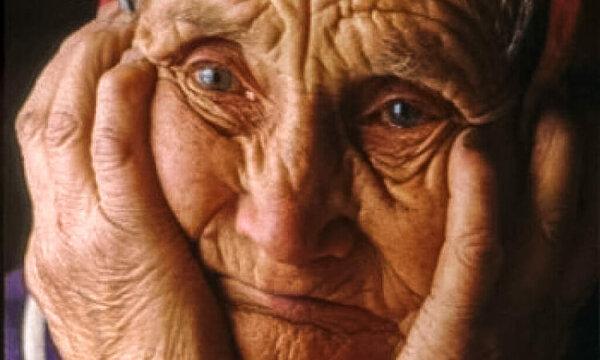 Ամեն անգամ, երբ մոռանում եմ հինգը մատիս եղունգները կտրել, հիշում եմ, որ Մայրս հինգ երեխա է մեծացրել