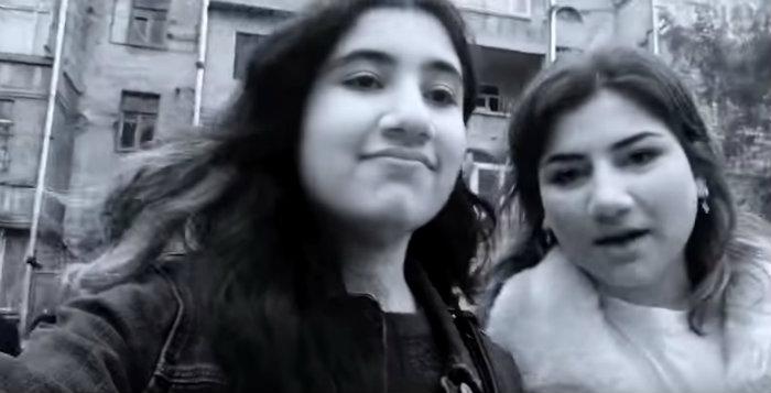 Նիկոլ Փաշինյանի և նրա դուստրերի զվարճալի զբոսանքը Երևանում