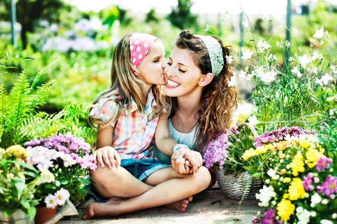 Նա մոր կողմից հասկացված լինելու կարիք ուներ, բայց... պատմություն այն մասին, թե ձեր փոքր աղջիները ինչքան ունեն ձեր քնքշության կարիքը