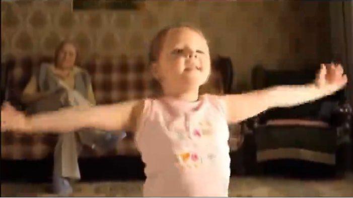 Փոքրիկ աղջիկը ձեզ ցույց կտա, թե ինչպես երազել, պայքարել ու հասնել բաղձալիին , մի բալերինայի պատմություն, անպայման տեսնել է պետք