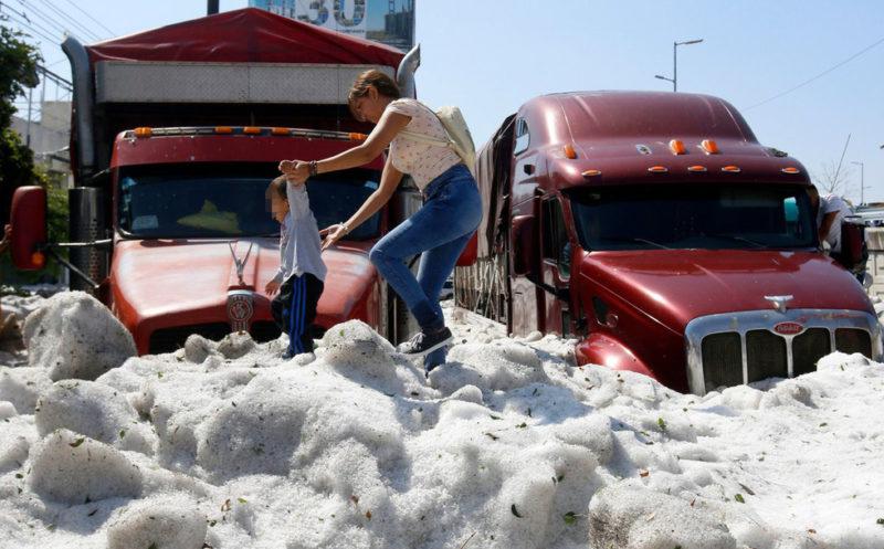 Գվադալահարան 30°C շոգից հետո 2-մետրանոց սառույցի շերտ է ծածկել ընդամենը 20 րոպեյում