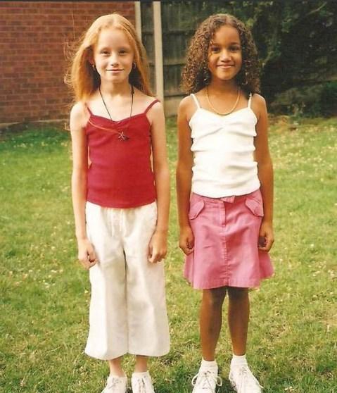 Ոչ ոք չէր հավատում, որ այս աղջնակները  երկվորյակներ էին , ահա թե ինչպիսի տեսք ունեն նրանք 20 տարի անց