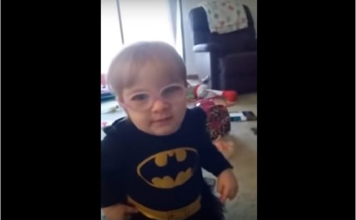 Այս փոքրիկ աղջիկը ծնված օրվանից տեսողական խնդիրներ ուներ. ահա թե ինչ ռեակցիա տվեց նա , երբ առաջին անգամ տեսավ իր ծնողներին