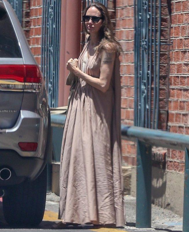 Հյուծված Անջելինա Ջոլին կրկին հայտնվել է հիվանդանոցում