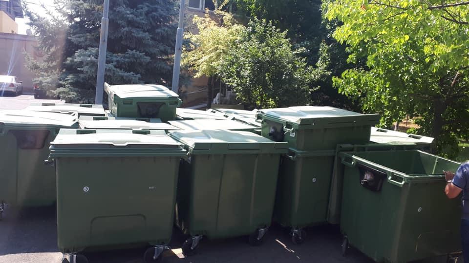 Սա Սանիթեկինը չի, սա քոնն է Երևանցի ջանԴավթաշեն վարչական շրջանը ստացավ իր նոր աղբամանների առաջին խմբաքանակը