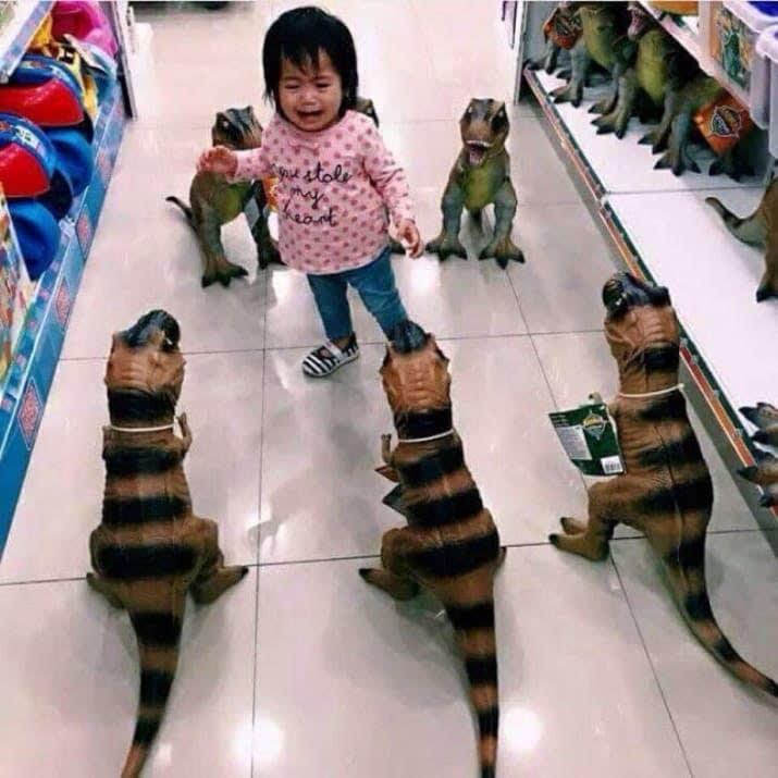 Զվարճալի երեխաների լուսանկարներ, որոնք հայտնվել են դժվարին իրավիճակում