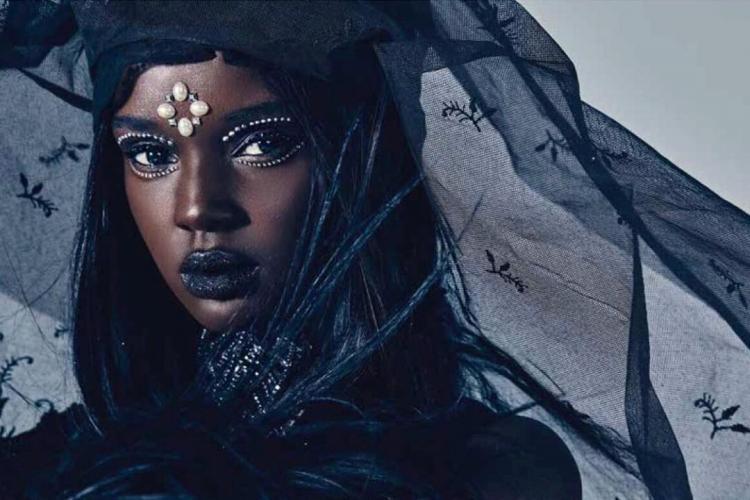 Սուդանից մոդելը համացանցը նվաճում է իր անհավանական գեղեցկությամբ (Լուսանկարներ)