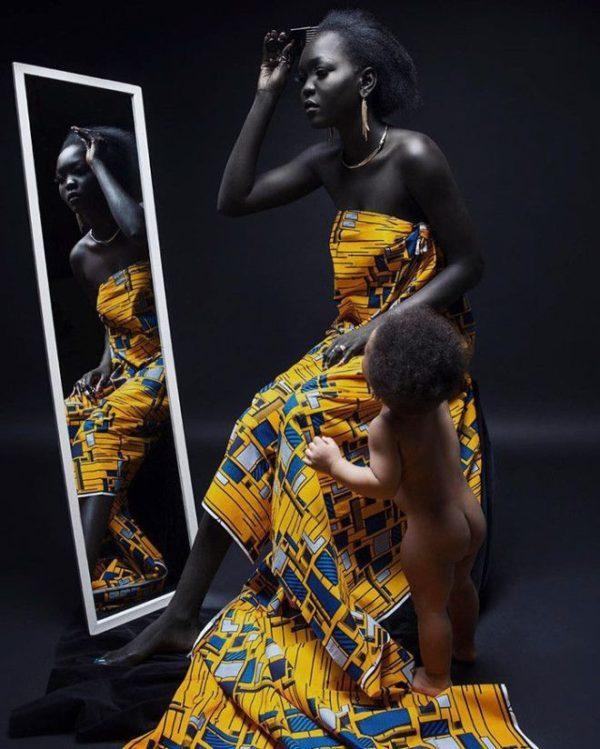 Այս աղջիկը իր չափազանց սև  մաշով բազմազանություն մտցրեց նորաձևության աշխարհում