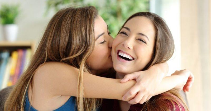 Գիտնականները պարզել են, որ քույր ունենալը կյանքն ավելի լավն է դարձնում