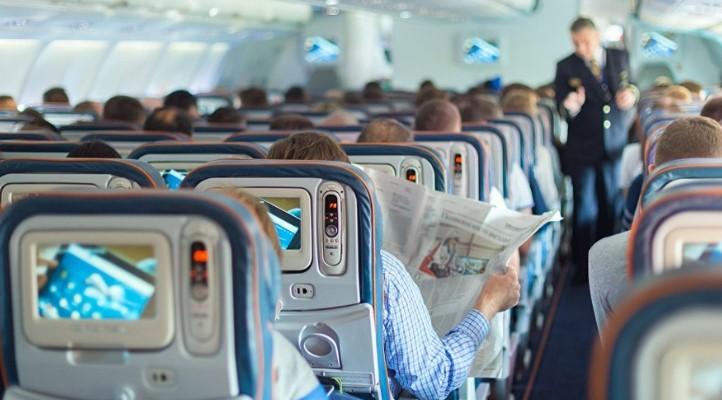 16-ամյա տղան ինքնաթիռում փրկել է ուղևորի կյանքը