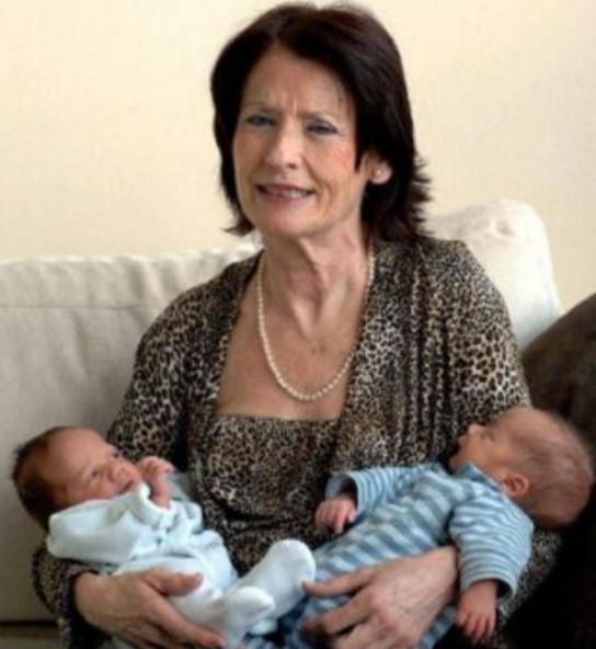 Աշխարհի ամենատարեց մոր զույգ երեխաները որբացել են․ տխուր պատմություն