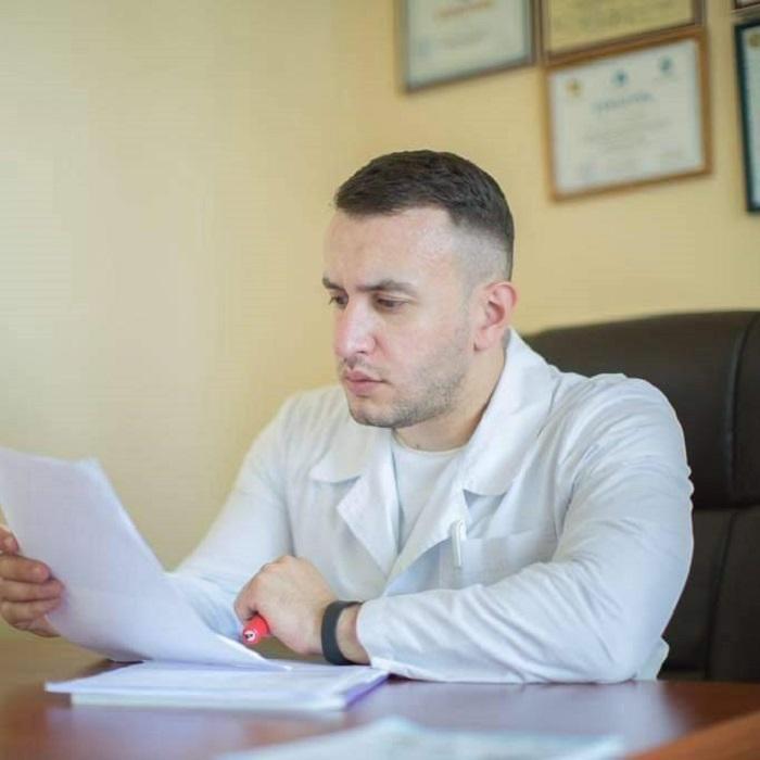 Աշխատակից ունենք, որ արդեն 7 օր է՝ տուն չի գնացել. բժիշկ Ա. Ղարիբյան