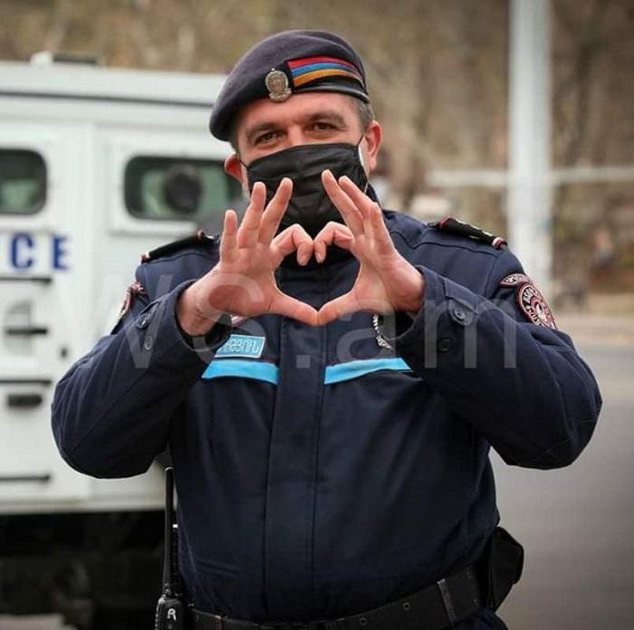 Ոստիկաններն էնքան շնորհքով են ու քաղաքակիրթ, ինձ մի պահ թվաց Հայաստանում չեմ. Սոս Ջանիբեկյան