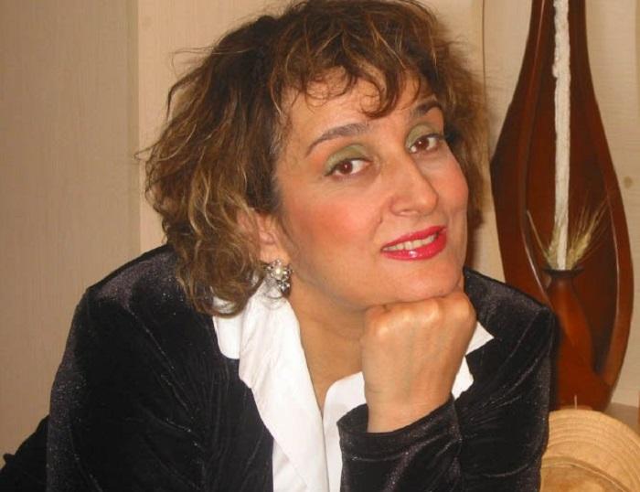Այսօր սիրված դերասանուհի Լալա Մնացականյանի ծննդյան օրն է