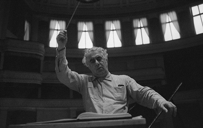Այսօր հայ նոր կոմպոզիտորական դպրոցի հիմնադիր, մեծանուն կոմպոզիտոր Արամ Խաչատրյանի ծննդյան օրն է