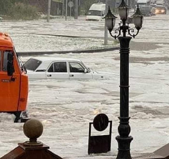 Գյումրիում ջրհեղեղ է․ լուսանկարներ և տեսանյութ