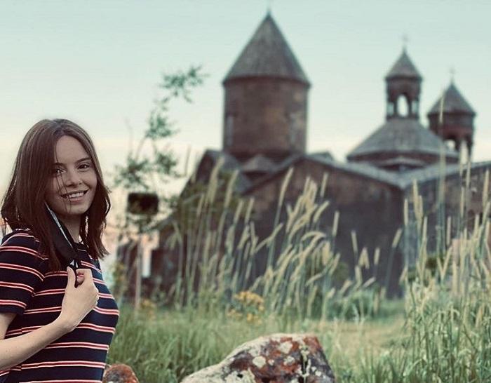 Շուշաննա Թովմասյանը նկար է հրապարակել կլորացած փորիկով․ լուսանկար
