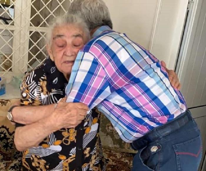 Սերժ Սարգսյանն այցելել է մորը և լուսանկարներ հրապարակել