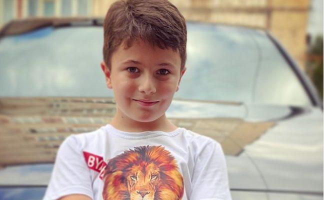Անահիտի Սիմոնյանի և Հայկոյի որդին փողոցում պոպ-կորն է վաճառել