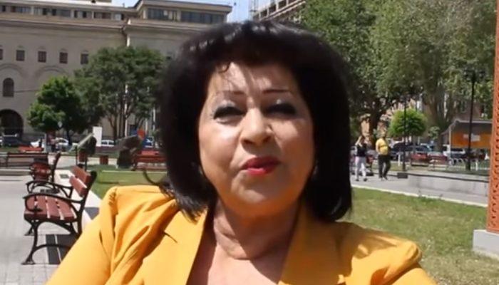Արուս Գուլանյանը Համբուրգում միացել է հակաադրբեջանական ցույցին ու կատարել է Սայաթ-Նովա․ տեսանյութ