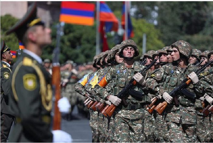 Սուքիասյանները 50 միլիոն դրամ են փոխանցել Զինծառայողների ապահովագրության հիմնադրամին