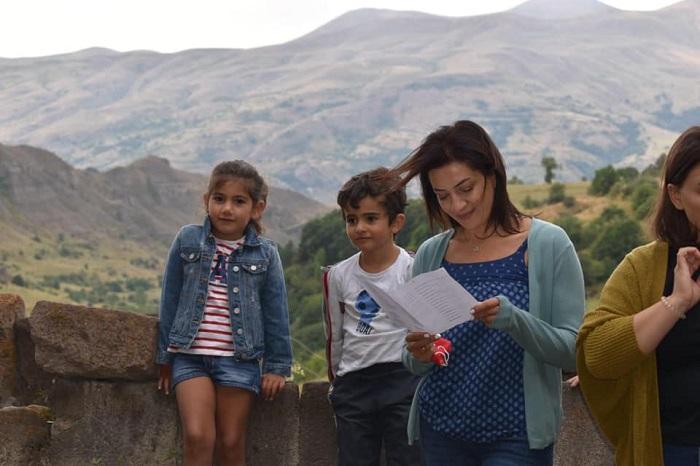 Աննա Հակոբյանն Արփիի հետ ուշագրավ լուսանկարներ է հրապարակել. ահա թե որտեղ են նրանք