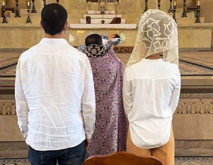«Շնորհավոր 40 օրականդ, հրաշք». Սիրուն Մինասն ու ամուսինն օրհնություն են ստացել եկեղեցում