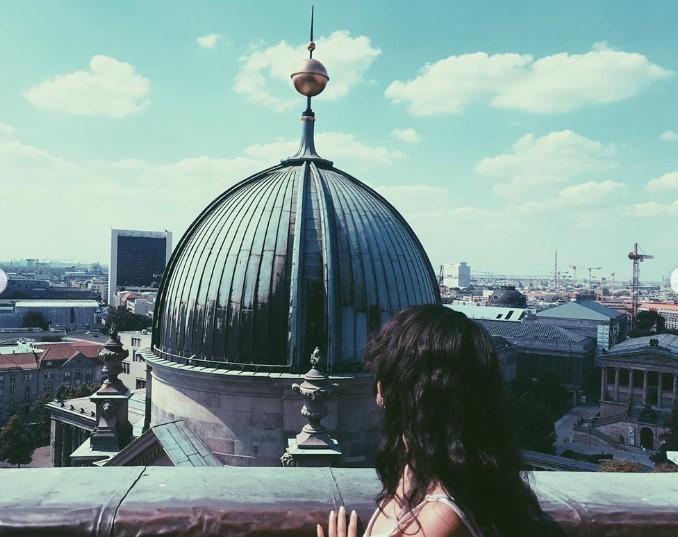 Լևոն Արոնյանը սիրելիի հետ մեկնել է Հայաստանից (լուսանկարներ)