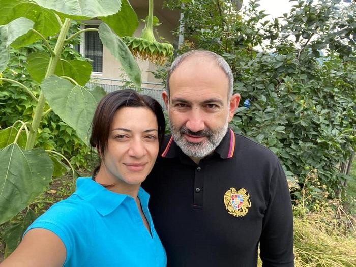 Աննա Հակոբյանն ամուսնու հետ արձակուրդային լուսանկար է հրապարակել