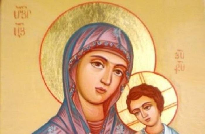 Արտառոց. Եկեղեցիներից մեկում Մարիամ Աստվածածնի սրբապատկերը սկսել է «արտասվել» (տեսանյութ)