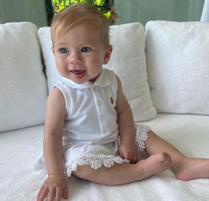 Աննա Կուռնիկովան հրապարակել է իր և Էնրիկե Իգլեսիասի դստեր նոր լուսանկարը