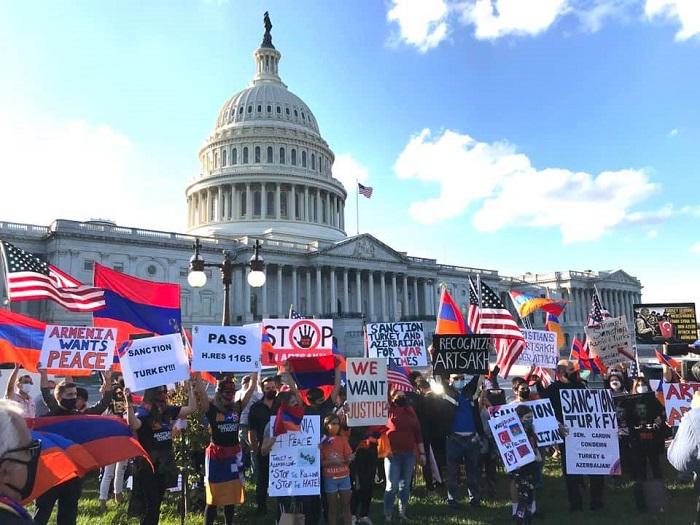 """""""Եթե Ադրբեջանը շարունակի հшրձшկnւմները ԱՄՆ-ը կճանաչի Արցախը որպես անկախ պետություն."""" Կոնգրեսական Բրադ Շերման"""