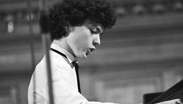 Աշխարհահռչակ երաժիշտ Եվգենի Կիսինը իր համերգի հասույթը նվիրաբերել է Արցախին