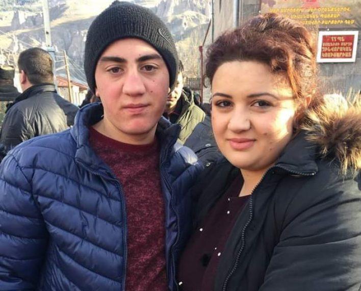 Եղբայրս ողջ է. Արթուր Առաքելյանը վիրավոր է. ևս մեկ զինվորի անուն ջնջում ենք զոհվածների ցուցակից
