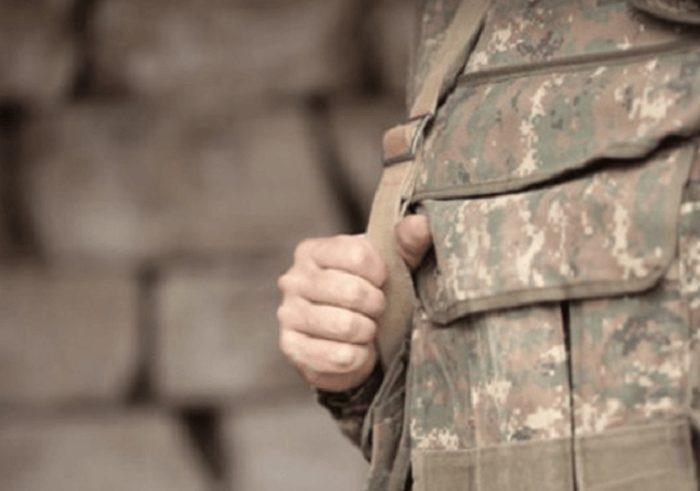 Այ քեզ անակնկալ. թող որ բոլորի տանը թակի այս ուրախությունը, բարի գալուստ զինվոր ջան