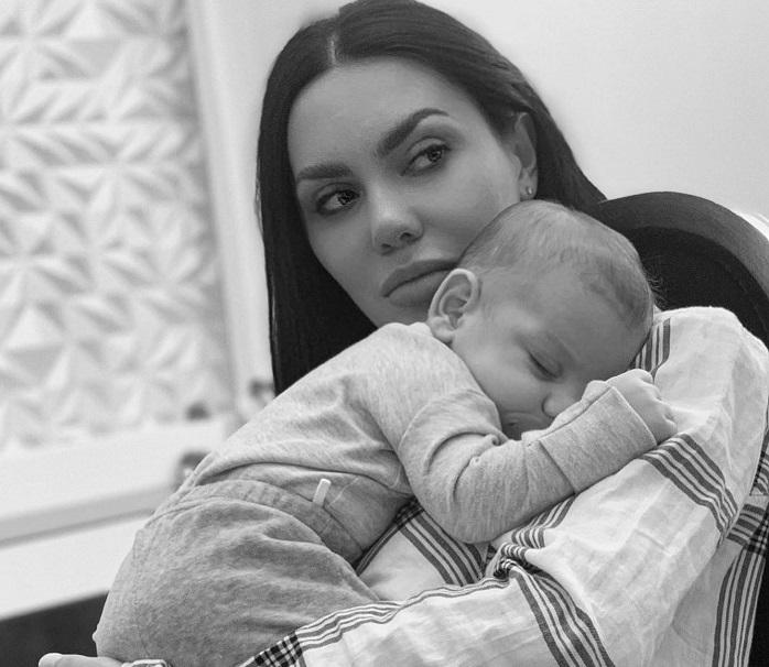 «Իմ մասնիկ». Արփի Գաբրիելյանը որդու հետ գեղեցիկ լուսանկար է հրապարակել