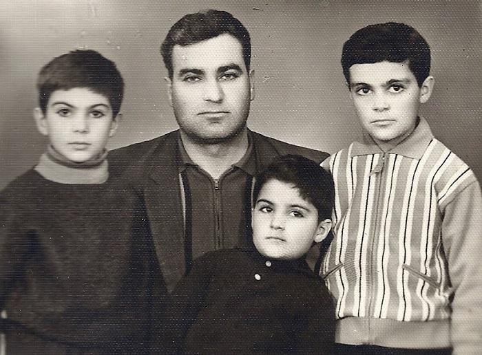 Կարո՞ղ եք ասել, թե որ հայտնի գործիչների մանկության լուսանկարն է սա