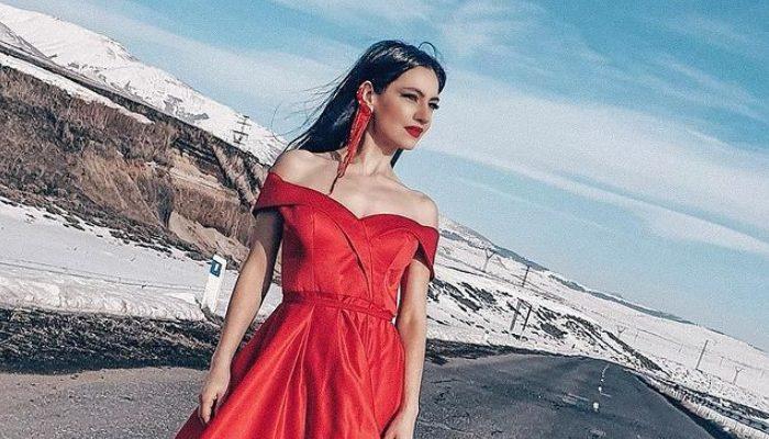 Էմմա Մանուկյանը կարմիր զգեստով գեղեցիկ նկար է հրապարակել