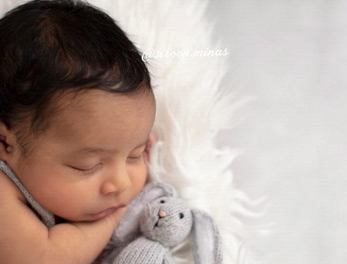 Ու՞մ է նման Սիրուն Մինասի բալիկը․ լուսանկար